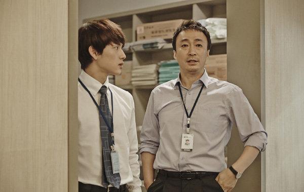 직장 생활의 애환을 그린 드라마 '미생'의 한 장면. [tvN 제공]