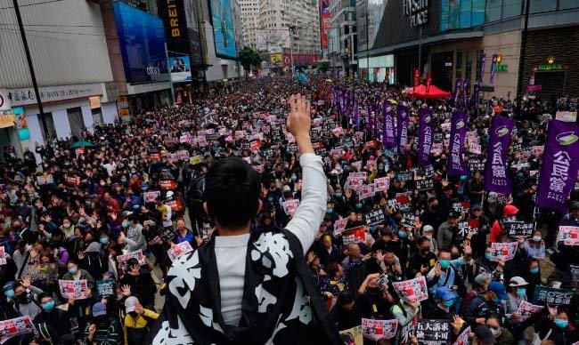 1월 1일 홍콩 시내에서 대규모 민주화 요구 시위가 벌어졌다. [뉴시스]