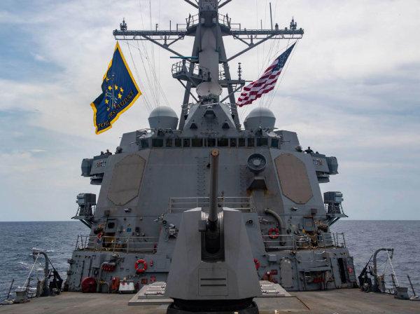 5월 28일 미국 해군 머스틴함이 중국이 영유권을 주장하는 남중국해 파라셀제도를 통과하고 있다. 남중국해는 미·중이 군사적으로 충돌할 수 있는 곳이다.  [미국 해군 트위터]