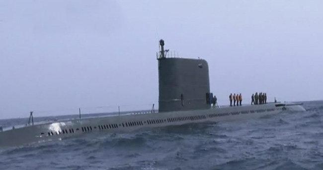 2016년 8월 함경남도 신포 앞바다에서 SLBM '북극성' 수중시험발사를 한 신포급 잠수함. [SBS 화면 캡쳐]