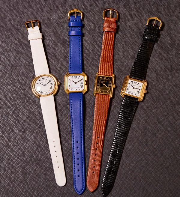 1970년대 생산된 CARTIER TANK  Must 시리즈 시계들.