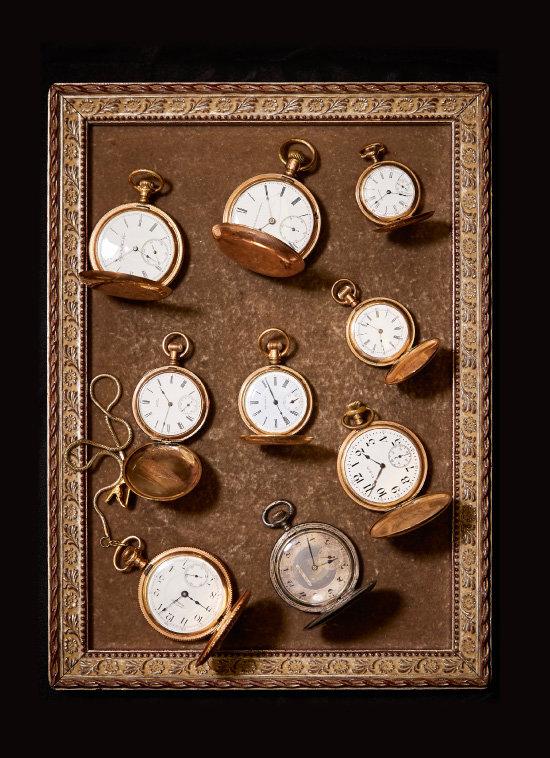 1930년대 생산된 회중시계들.
