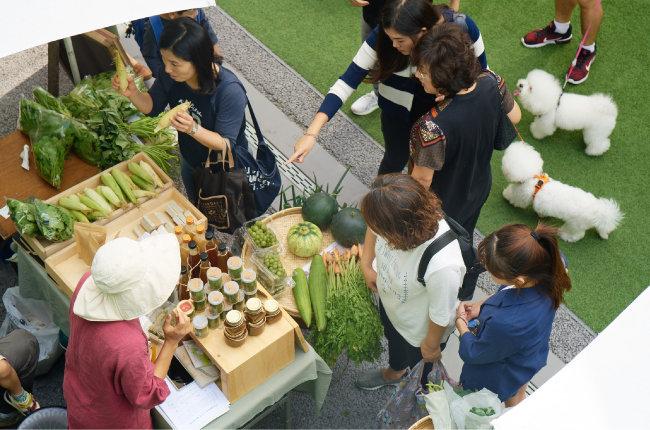 서울 마로니에 공원에서 열리는 '농부시장 마르쉐' 현장 풍경. [농부시장 마르쉐@ 제공]