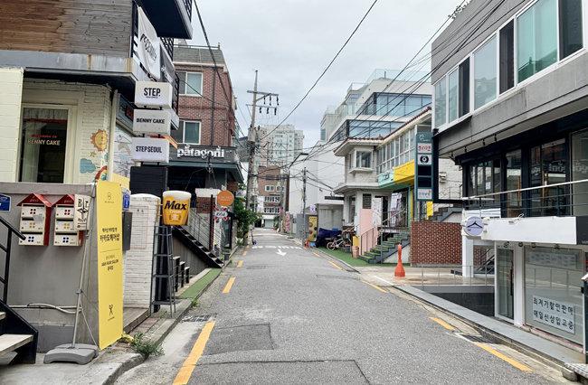 9월 1일 서울 마포구 홍익대 인근 거리가 조용하다. [문영훈 기자]