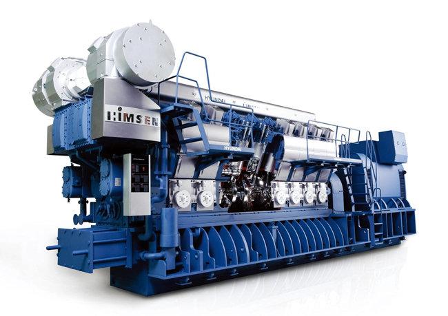 현대중공업이 개발한 산업·선박용 엔진 '힘센엔진' [동아DB]