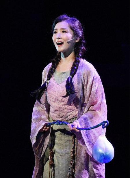 2019년 6월 대구국제뮤지컬페스티벌(DIMF)이 제작한 뮤지컬 '투란도트'에서 '류' 역을 맡은 이정화가 열연하는 모습.