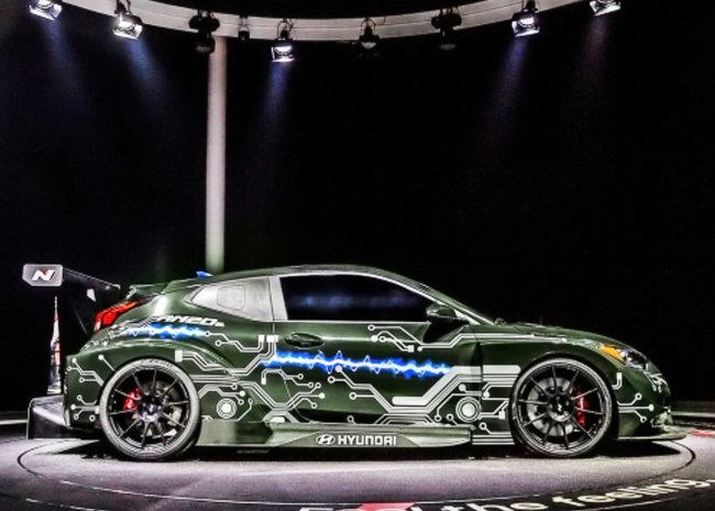 현대자동차가 베이징모터쇼에서 선보인 RM20e는 최고출력 810마력의 전용모터로 움직인다. [현대자동차 제공]