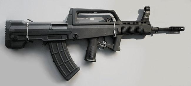 중국 북방공업(北方工業)이 생산하는 소총 QBZ-95B. [위키피디아]