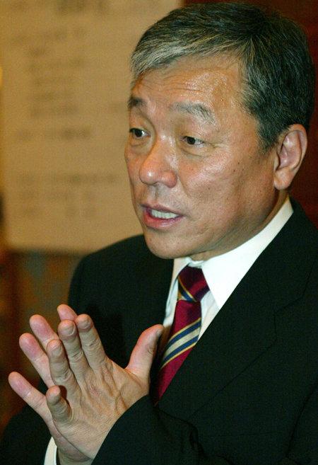 한국인 최초의 유엔기구 대표로 공공보건 분야에 큰 족적을 남긴 고 이종욱 WHO 사무총장. [최혁중 동아일보 기자]