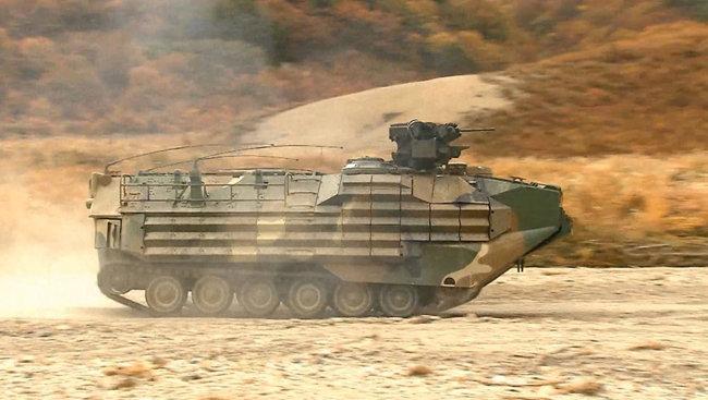 해병대 상륙돌격장갑차 탑재 복합화기용 원격사격통제체계.