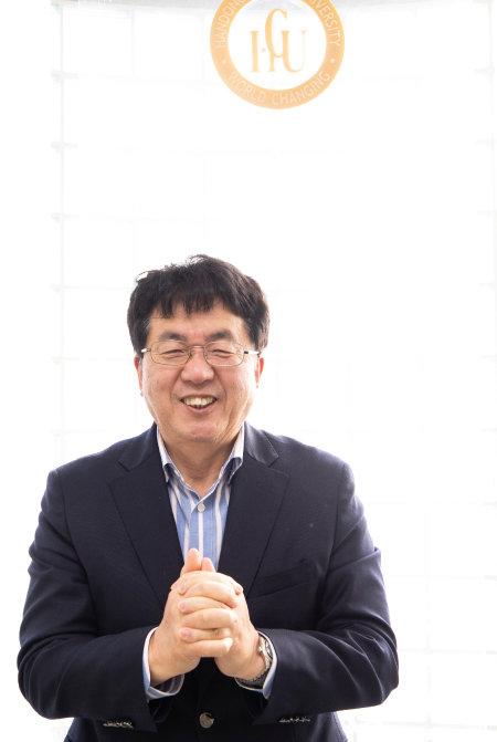 '작지만 강한 대학' 한동대를 이끌고 있는 장순흥 총장. [조영철 기자]