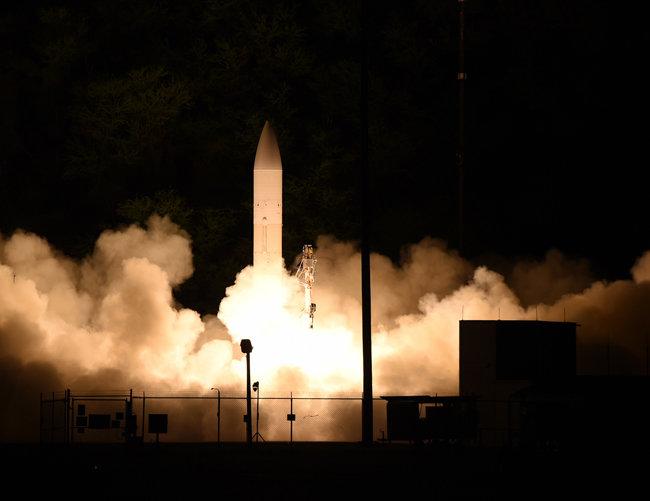 미국 해군이 육군과 공동으로 개발 중인 극초음속 활공체 [미국 해군 유튜브 캡처]