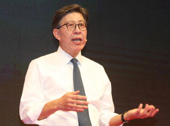 지난해 12월 15일 부산시장 보궐선거 출마 선언을 하는 박형준 동아대 교수. [뉴스1]