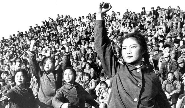 문화대혁명시절 홍위병들은  중국에 큰 상처를 남겼다. [GettyImages]