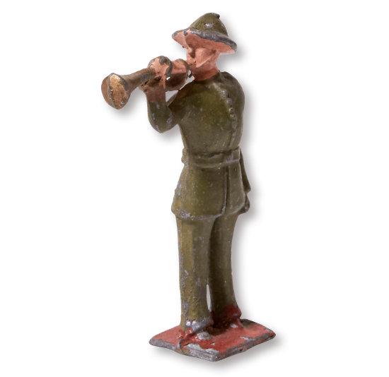 Bugler by Manoil. 1930년대 미국 제품. 금속을 거푸집에 넣어 주조하는 다이캐스트 장난감이다.