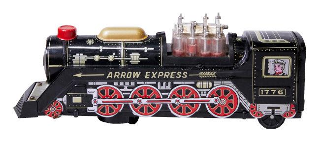 양철과 플라스틱으로 만든 기차 모형 장난감. 1970년대 후반 'MADE IN KOREA' 제품이다.