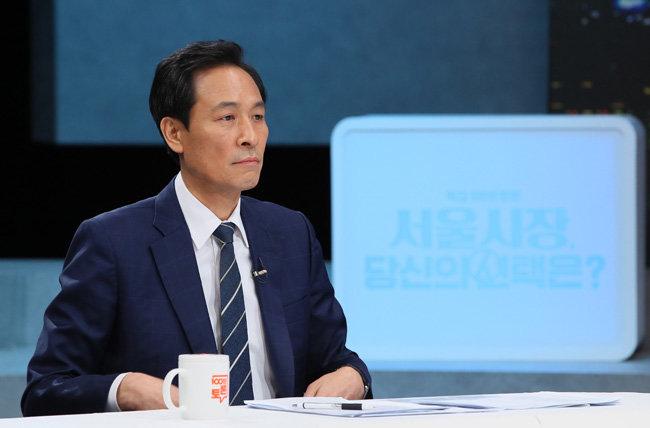 4월7일 서울시장 보궐선거 출마를 위해 더불어민주당 경선에 참여하고 있는 우상호 의원.  [뉴시스]