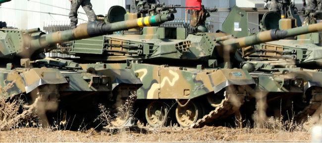 한미연합훈련이 시작된 3월 8일 경기도 평택시 캠프험프리스에 헬기 등 군장비들이 계류돼 있다.  [뉴시스]