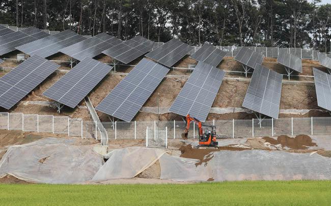 2018년 9월 3일 충북 청주시 청원군 성재리 태양광 발전시설이 집중 호우로 토사가 유실됐다. [동아DB]