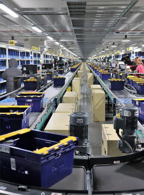 3월 2일 문을 연 마켓컬리의 김포 물류센터. 신선식품 물류센터로는 국내 최대 규모다. [마켓컬리 제공]