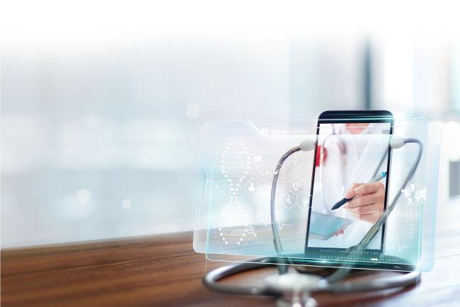 코로나19 확산 이후 디지털 기술과 의료 서비스가 결합된 새로운 산업 분야가 급성장하고 있다. [GettyImage]