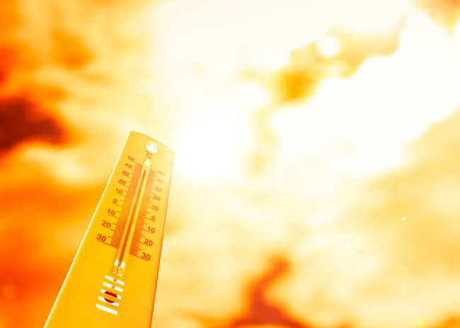 온실가스가 지구 에너지 방출을 가로막으면 대기 온도가 상승하면서 지구가 지글지글 끓게 된다. [GettyImage]