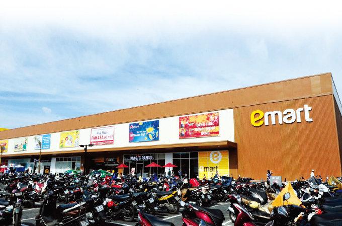 베트남 호찌민 고밥 지역에 있는 이마트 고밥점 외부. 이마트는 중국에 이은 2번째 해외 진출지로 베트남을 선택했다.[사진 제공·이마트]