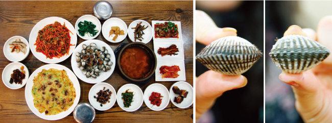 전남 보성군 벌교에 가면 맛볼 수 있는 꼬막 요리 한 상. 새꼬막과 참꼬막(왼쪽부터).