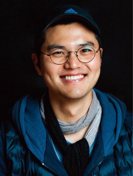 연극 '손님들'의 연출가 김정. [사진 제공 · '프로젝트 내친김에']