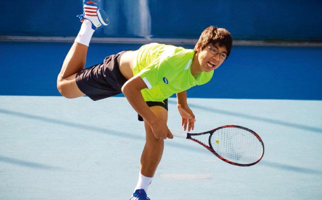 2012년 12월 20일 홍콩에서 열린 '홍콩 남자 퓨처스테니스 3차 대회' 8강전에서 정현은 창유를 상대로 역전승을 거두고 4강에 진출했다. [뉴시스]