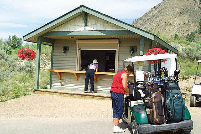 한국 골프장의 그늘집에 해당하는 외국 골프장의 스낵바. [사진 제공·김맹녕]