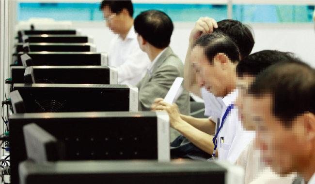 베이비붐 세대를 대표하는 58년 개띠들이 올해 환갑을 맞는다. [동아일보]