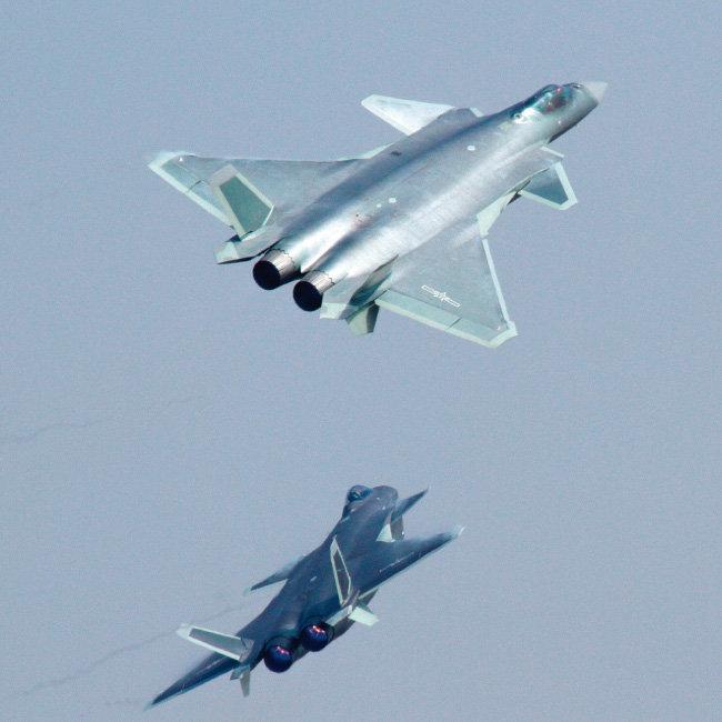중국 최강 전투기인 J-20 스텔스 전투기. [위키피디아]
