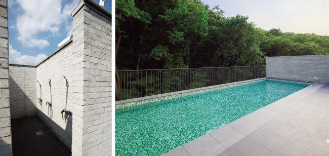 옥상에 위치한 샤워실.(왼쪽) 옥상의 야외수영장. 소실봉의 푸른 녹음을 즐기며 물놀이를 할 수 있다.