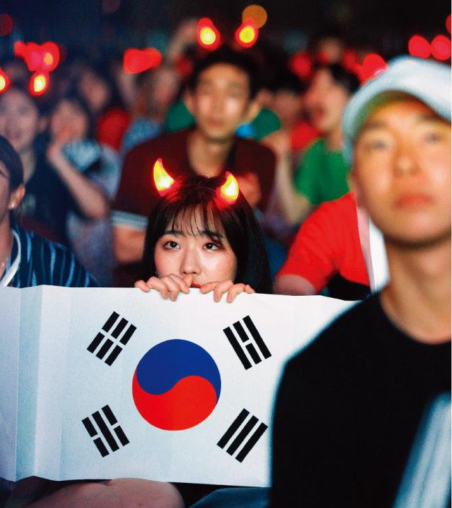 러시아월드컵 광화문 거리응원 현장의 한 시민. [박해윤 기자]