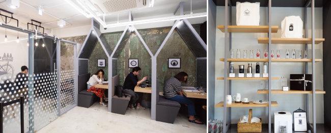 우유갑 형태로 디자인한 좌석이 인상적인 4층(왼쪽), 밀크홀에서 판매하는 다양한 MD 상품.