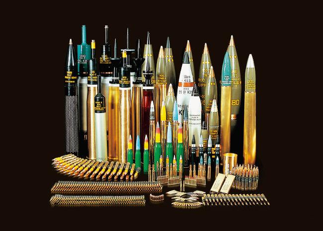 풍산은 소구경 탄약부터 함포탄, 대공탄, 박격포탄, 곡사포탄, 전차탄 등 현재 군에서 사용하는 탄약을 대부분 생산, 공급한다. [사진 제공 · 풍산]