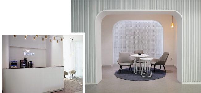 2층에는 카페(왼쪽)와 별도의 흡연 공간이 마련돼 있다.