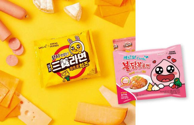 삼양식품의 '까르보불닭볶음면'(왼쪽)과 '까르보불닭볶음면 어피치 에디션'. [카카오프렌즈 공식 인스타그램]