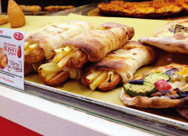 다양한 종류의 감자튀김 요리.  [사진 제공·김민경]