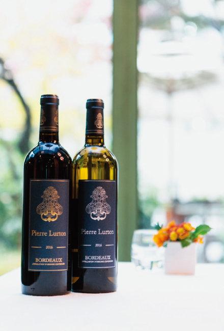 피에르 뤼통 레드 와인과 화이트 와인. [사진 제공 · ㈜아영FBC]