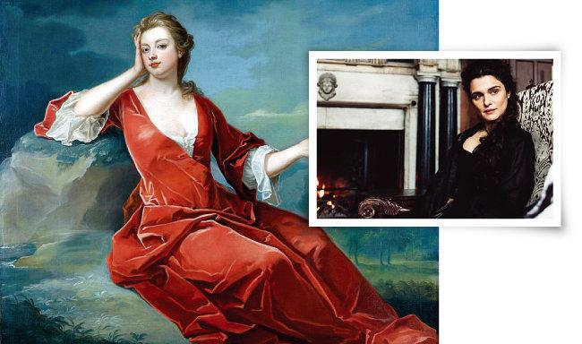 영국 화가 찰스 저바스가 그린 말버러 공작부인 사라 처칠의 초상화 (1700년 경·아래)와  영화 속 사라 처칠 (레이철 바이스 분). [위키미디어, 사진 제공 · ㈜이십세기폭스코리아]
