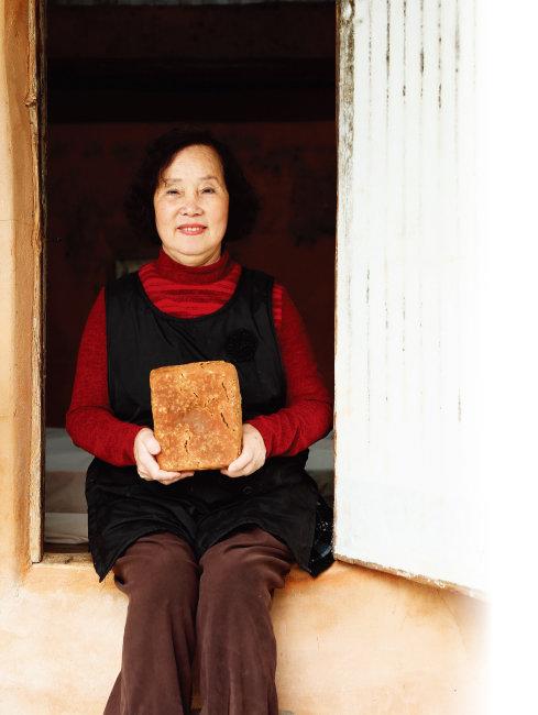 충북 영동군 매곡면에서 '사계절메주'를 운영하는 남경자 대표. 사계절메주의 메주는 직접 된장을 담가 먹는 소비자들로부터 좋은 반응을 얻고 있다.