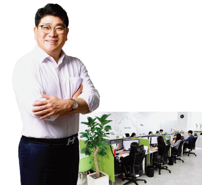 조인석 대표(왼쪽)와 NBST의 서울사무소.