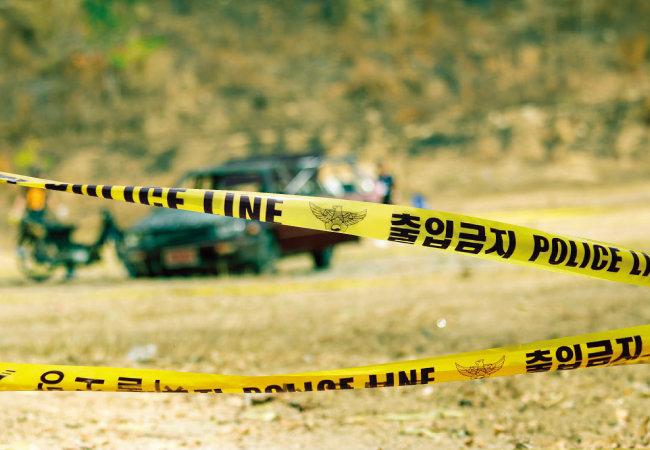 이번 어린이날 어린 두 자녀를 포함한 일가족이 차량에서 숨진 채 발견돼 많은 이가 안타까워 했다(사진은 기사의 내용과 관계없음). [shutterstock]