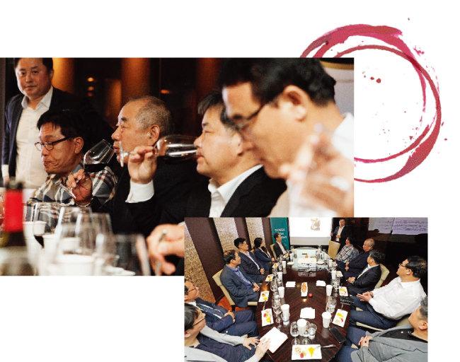 5월 15일 오후 9시  서울 강남구 씨네드쉐프 압구정점 지하 세미나실에서 손성모 한국소믈리에협회 회장(서있는 사람)이 중소기업 최고경영자(CEO)들을 대상으로 진행한 와인 특강. [박해윤 기자]