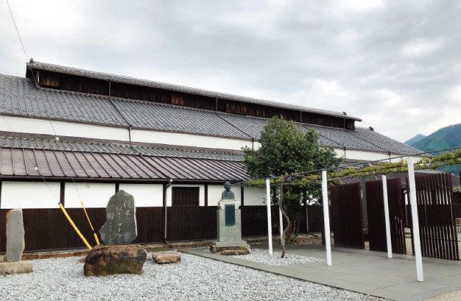 샤토 메르시앙의 와인 박물관. 1904년에 지은, 일본에서 가장 오래된 목조 양조장이다. [사진 제공 ·김상미]