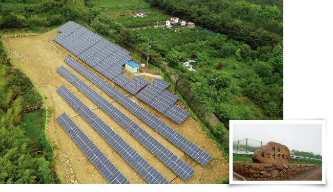 경남 산청군의 태양광 발전소(왼쪽)와 경북 칠곡군의 화남태양광발전소 [지호영 기자]