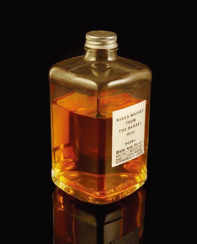 일본 위스키는 2000년대 들어 해외에서 좋은 평가를 받고 있다. 닛카 위스키는 1934년 설립된 일본 위스키 제조사로, 위스키 관련 세계대회에서 여러 번 수상한 바 있다. [shutterstock]