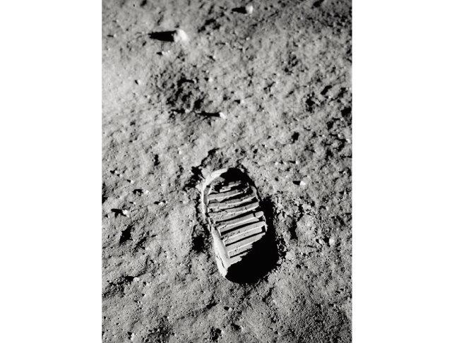 달에 찍힌 버즈 올드린의 발자국. [NASA]